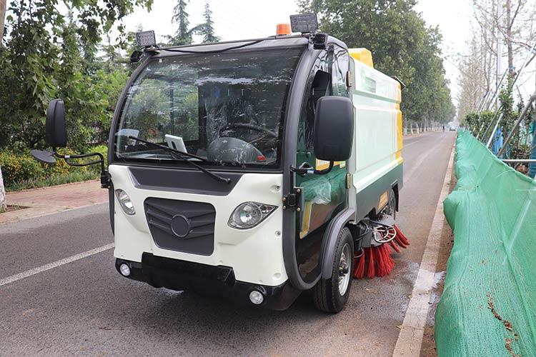百易环卫电动清扫车BY-S50产品图片