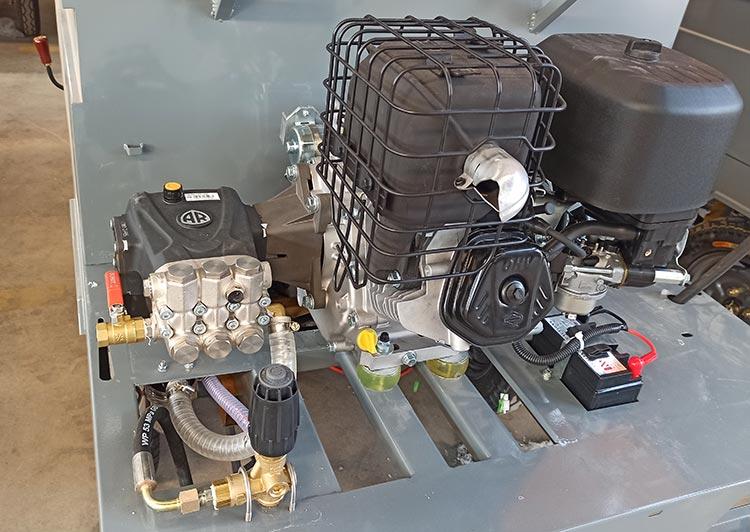 小型多功能高压冲洗车配置AR高压泵