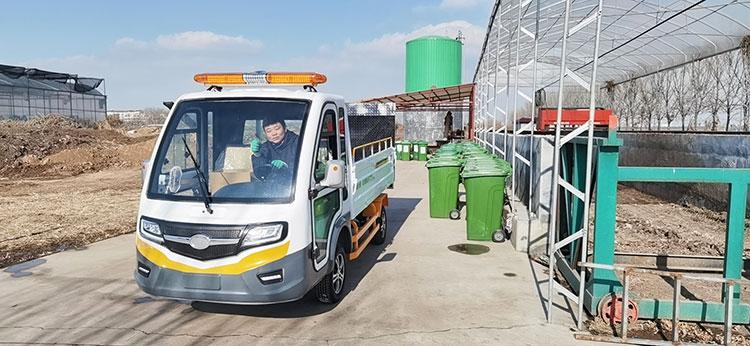 辛店街道引进百易八桶装垃圾清运车