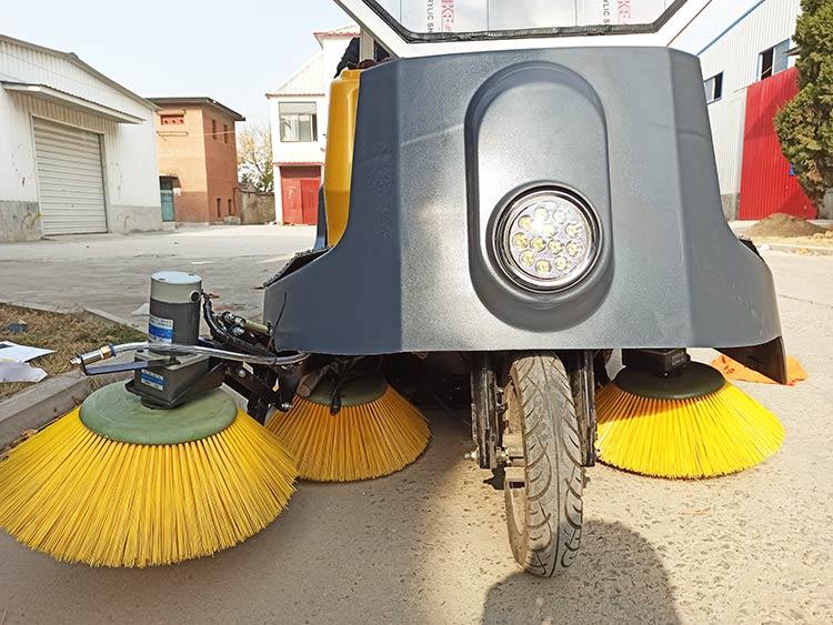 小型环卫电动清扫车