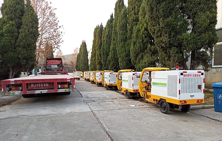 纯电动高压冲洗车装车发货现场