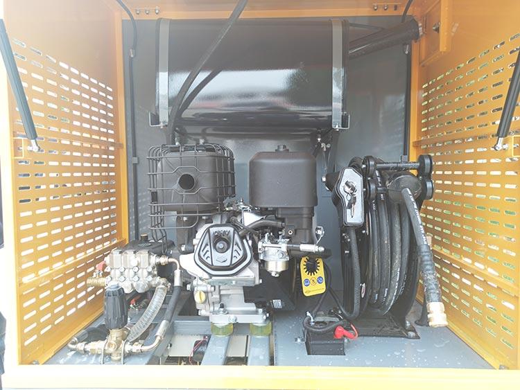 百易多功能高压冲洗车主要产品配置