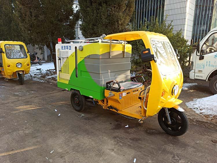 百易纯电动清洗车产品图片