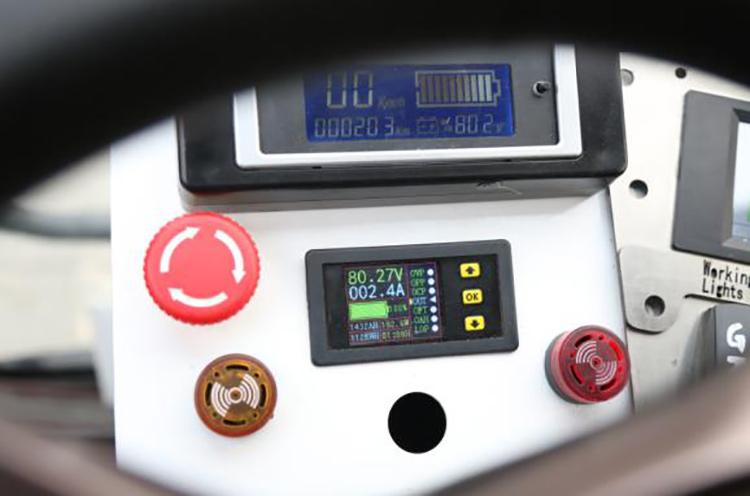 道路吸尘清扫车电池能量消耗可视化