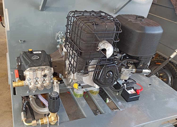 百易长青高压冲洗车配置意大利AR高压泵