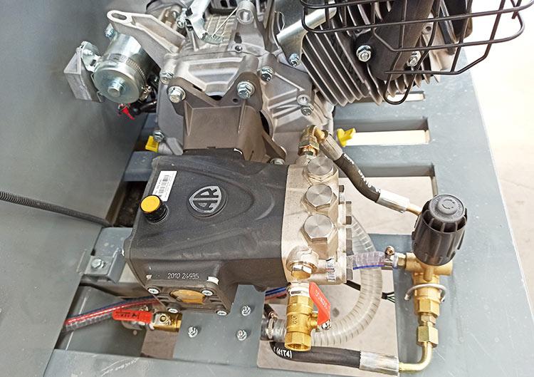 百易长青高压冲洗车采用外回水工作原理