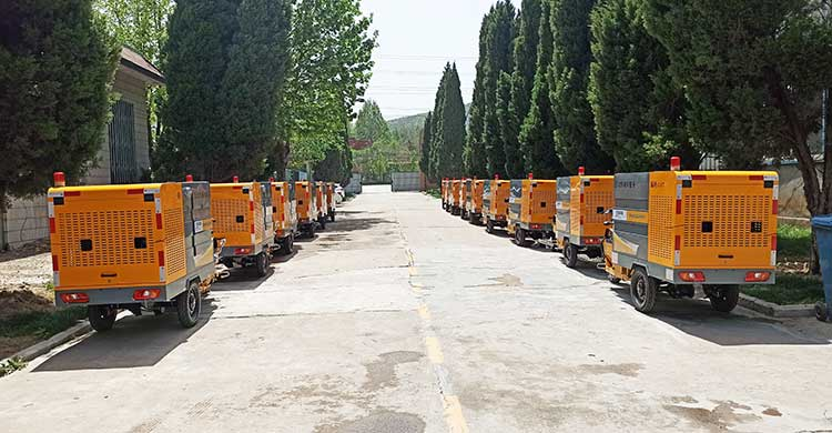 北京物业公司引进多功能高压清洗车发货现场