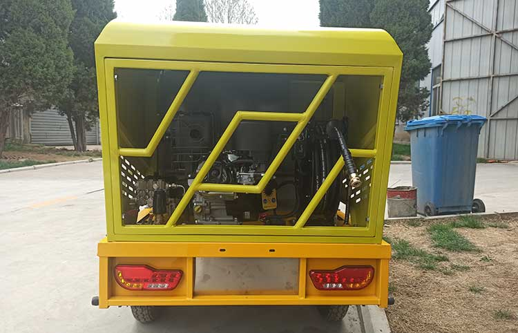 小型多功能高压清洗车配置实物图